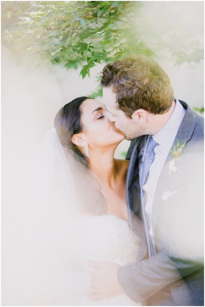 An elegant wedding at The BooCat Club in St Louis by husband and wife team Pattengale Photography