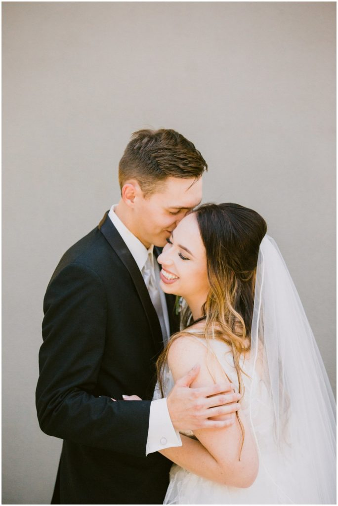 Modern chic wedding at the St Louis Arch by Pattengale Photography