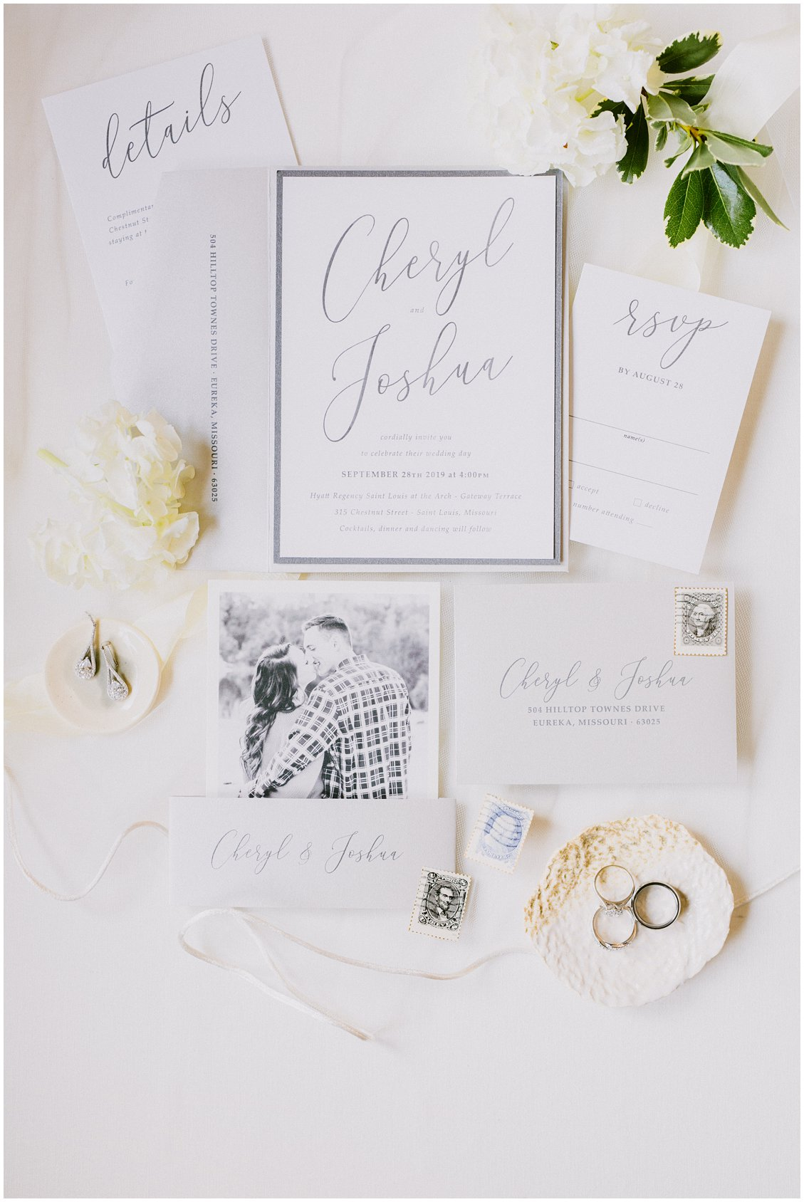 Bespoke Wedding invitation suite for a chic St Louis wedding by Pattengale Photography