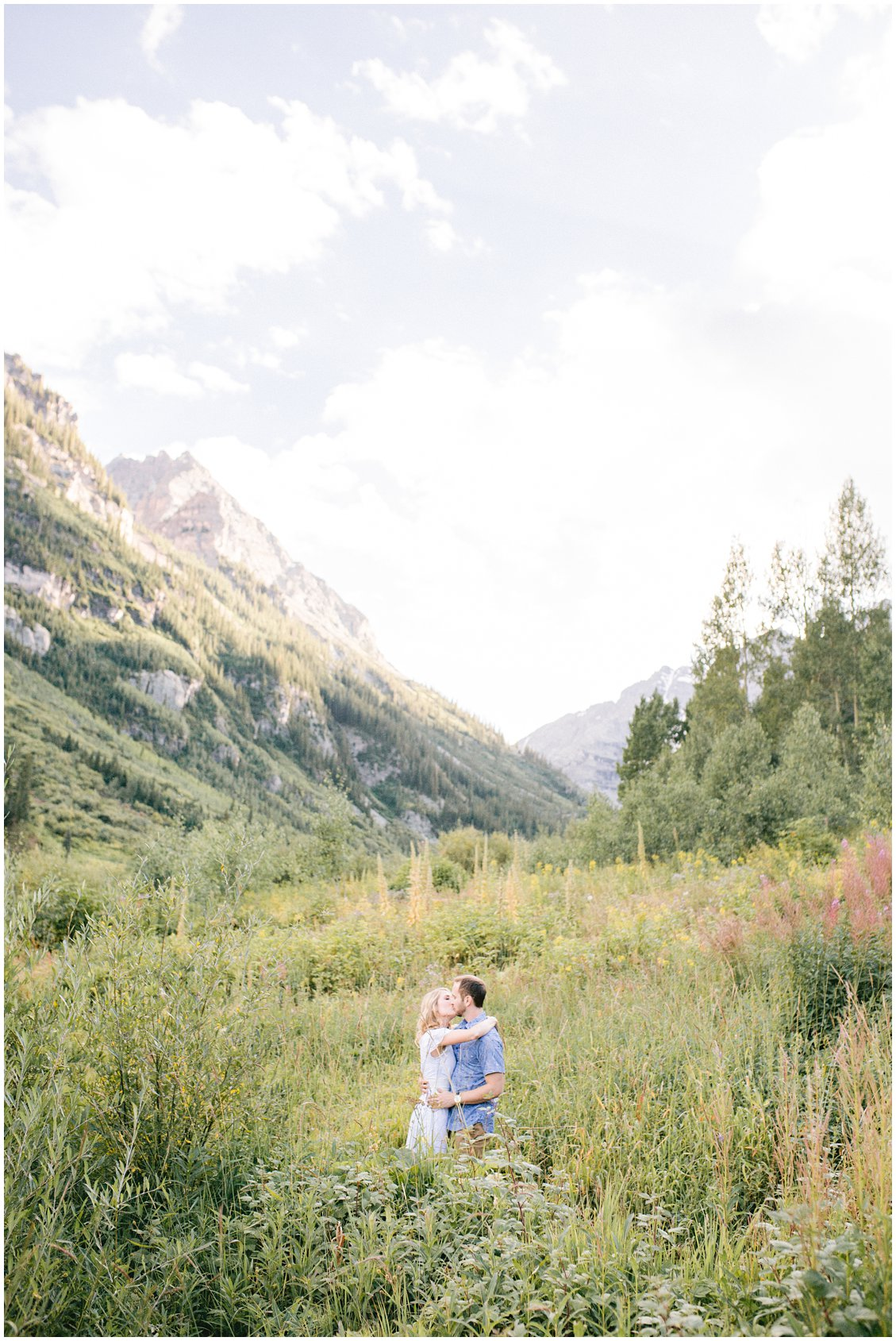 A bohemian and adventurous destination couples anniversary photography session at the Maroon Bells national park in Aspen Colorado by husband and wife team Pattengale Photography