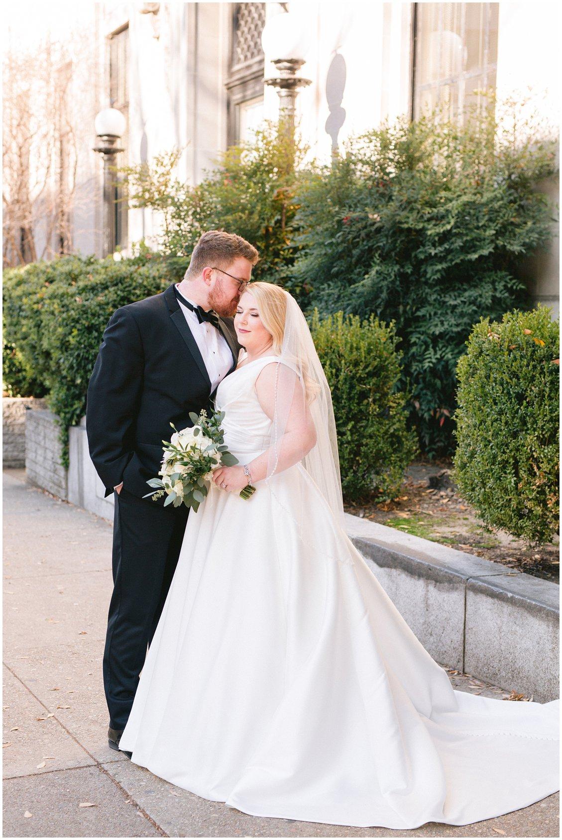 An elegant Richmond Virginia winter wedding by Tara & Stephen - a husband and wife adventure photography team